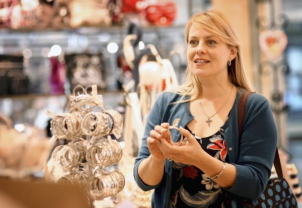 Victoria Swain shops for a Mother's Day gift at Brighton Collectibles in the Altamonte Mall recently.