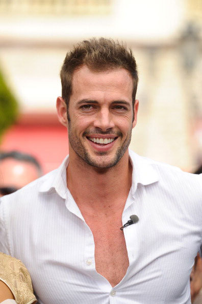 William Levy visits 'Extra' at The Grove on April 11, 2012 in Los Angeles, California.
