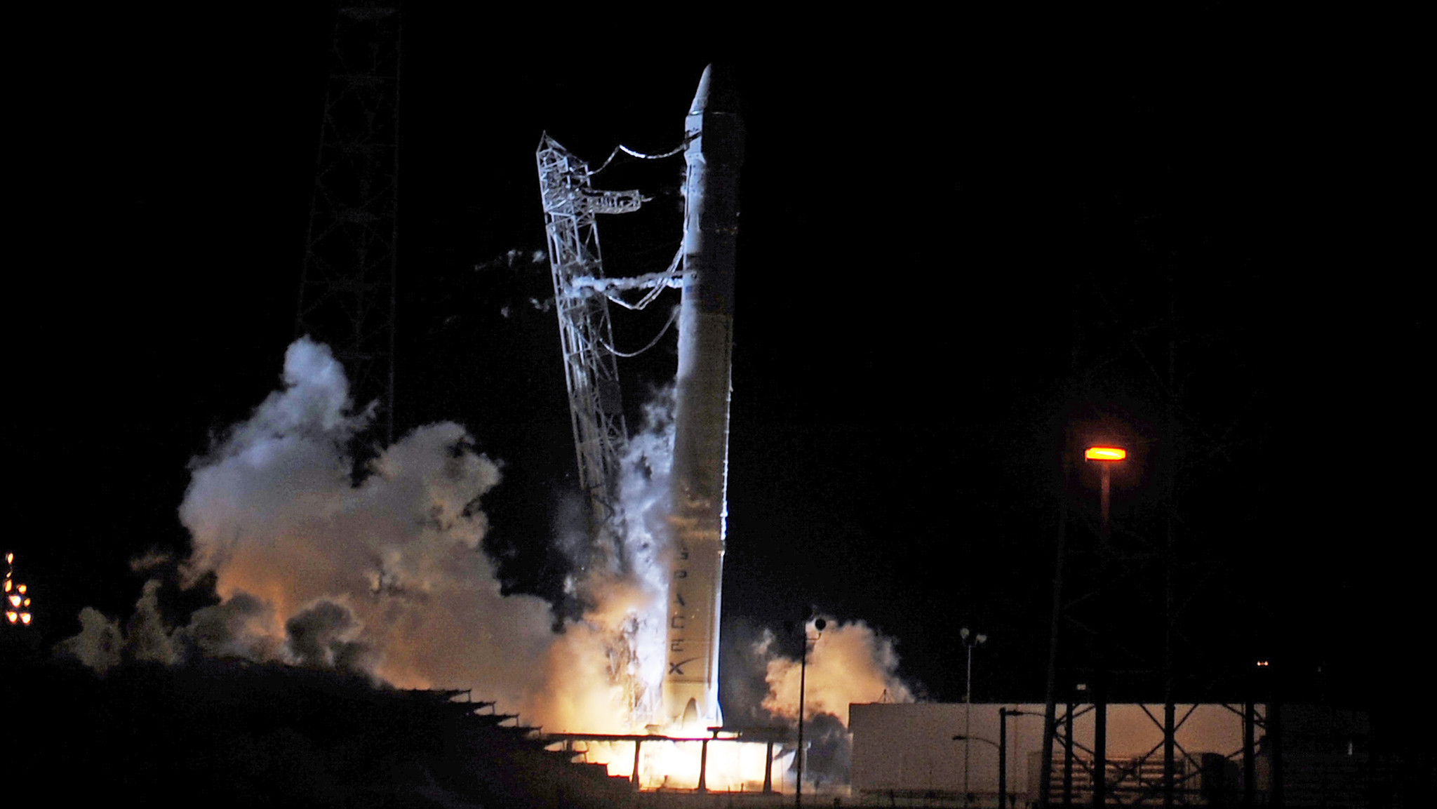 SpaceX attempt to launch its Falcon 9 rocket was aborted early Saturday morning.