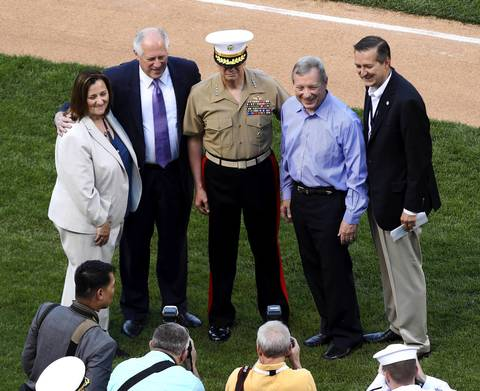 Laura Ricketts, Illinois Governor Pat Quinn, USMC General John R. Allen, Senator Dick Durbin, and Tom Ricketts, pose for a photograph before the start of the game.