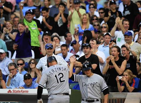 White Sox fans are on their feet for A.J. Pierzynski's solo homer in the 3rd.