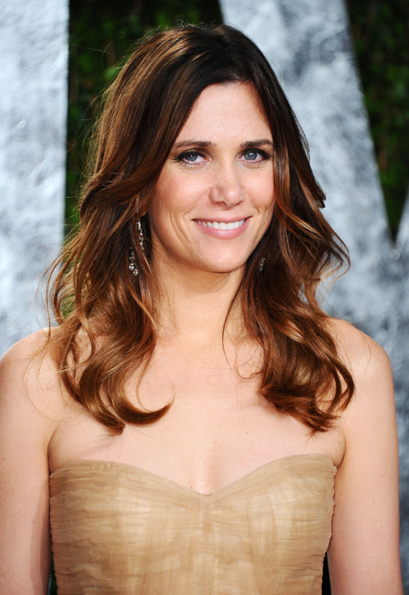 """Bridesmaids"" and former SNL star Kristen Wiig arrives at the 2012 Vanity Fair Oscar Party."