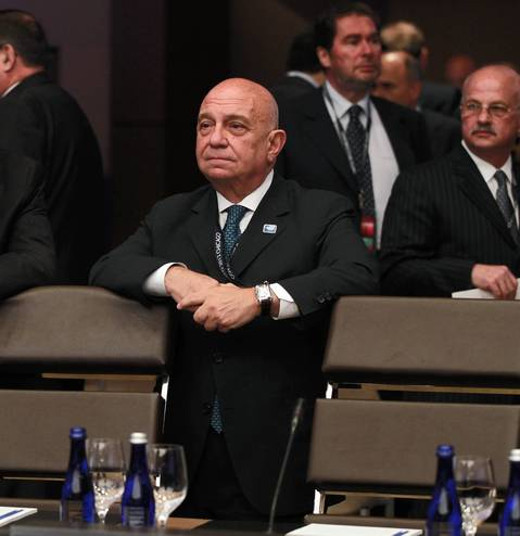 Greek Foreign Minister Stavros Dimas at the opening session of the 2012 NATO Summit.
