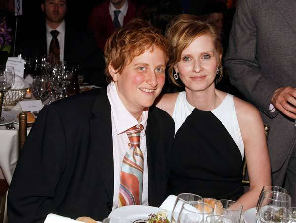 Cynthia Nixon and Christine Marinoni in 2008.