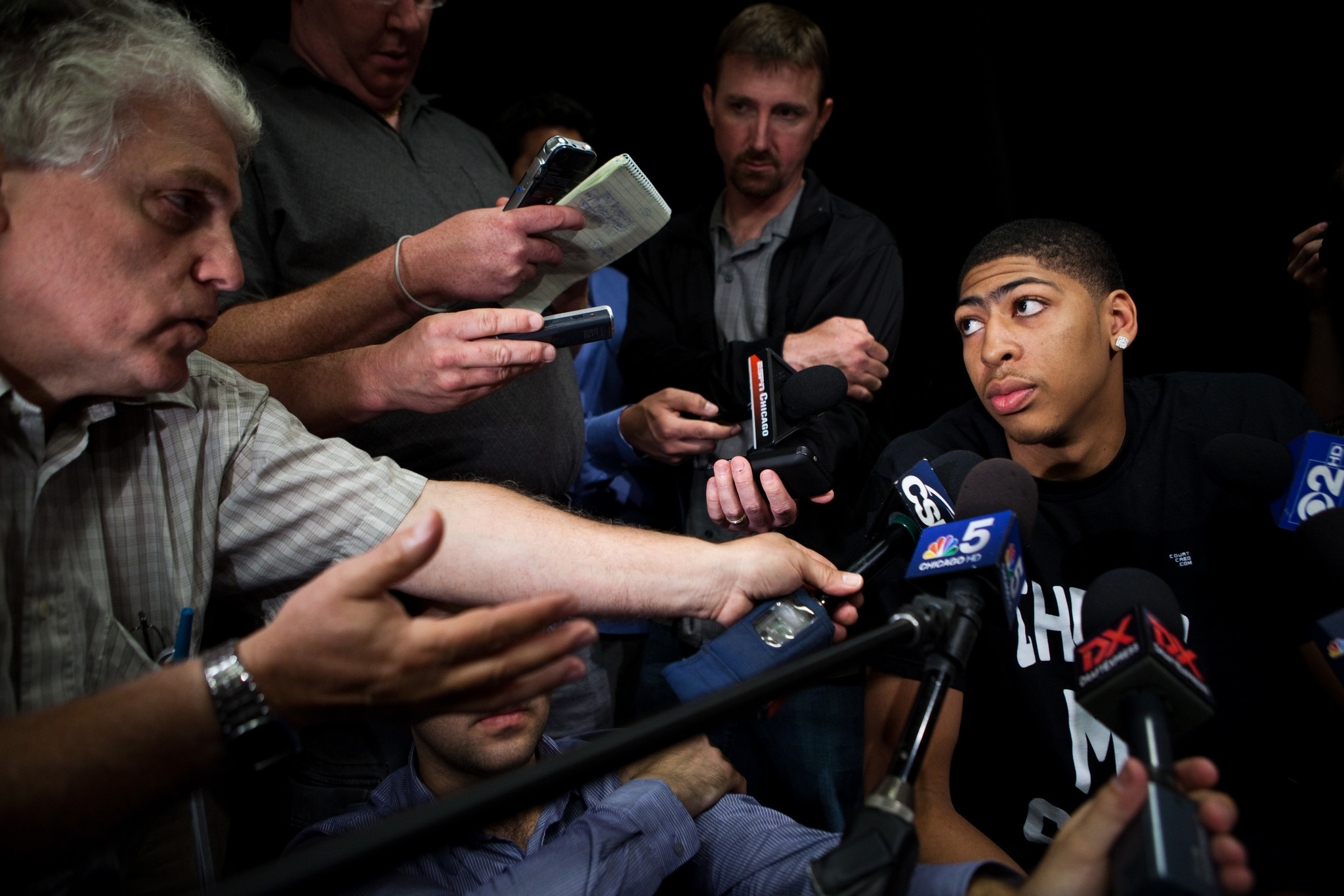 Former Kentucky star Anthony Davis talks to reporters at the Marriott Downtown Chicago Magnificent Mile Hotel on Thursday.