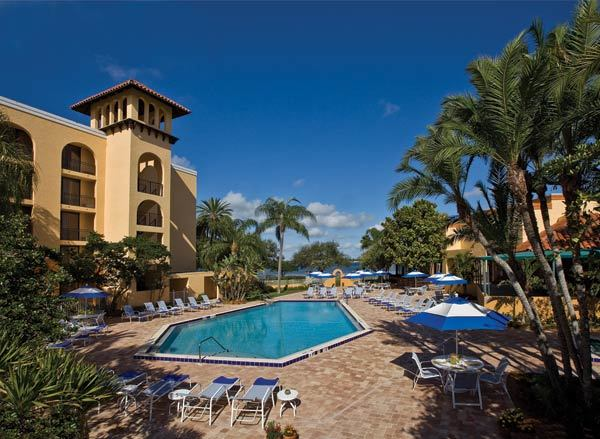 Poolside at the Courtyard by Marriott Bradenton Sarasota/Riverfront