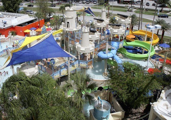 Wet 'n Wild's new Blastaway Beach is located immediately to the left upon entering the International Drive water park.