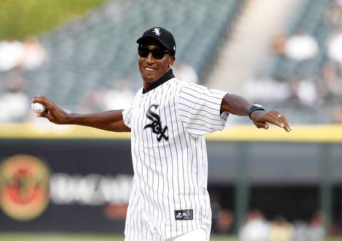 Bulls great Scottie Pippen throws out the ceremonial first pitch.