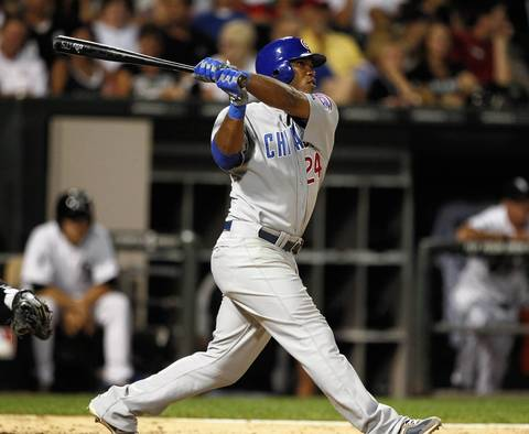 Luis Valbuena smacks a three-run homer in the 7th inning.