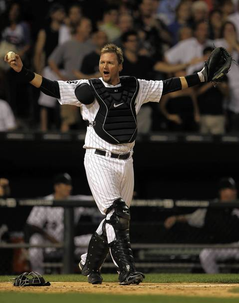 A.J. Pierzynski disputes a call in the 9th inning of a 2-1 loss.