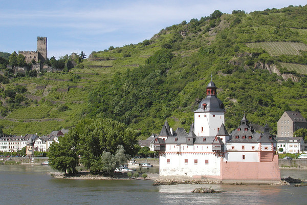 Rhine River robber barons used this island fortress  Pfalz Castle  to extract tolls from boat traffic.