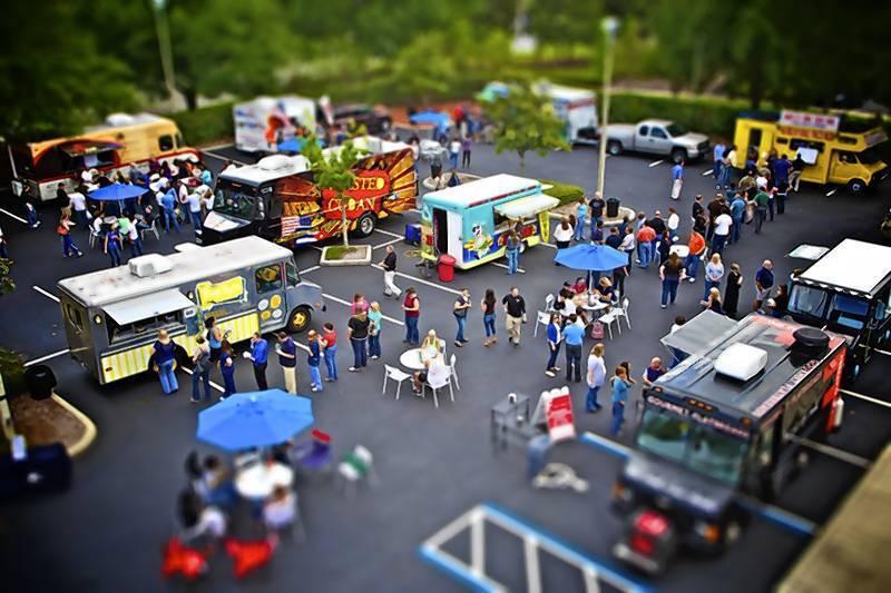 """""""Food Truck Fridays"""" at RDV Sportsplex"""