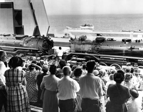 "Crowd watching 'Finale of Wheels"" at the Chicago Railroad Fair, June 28, 1948."