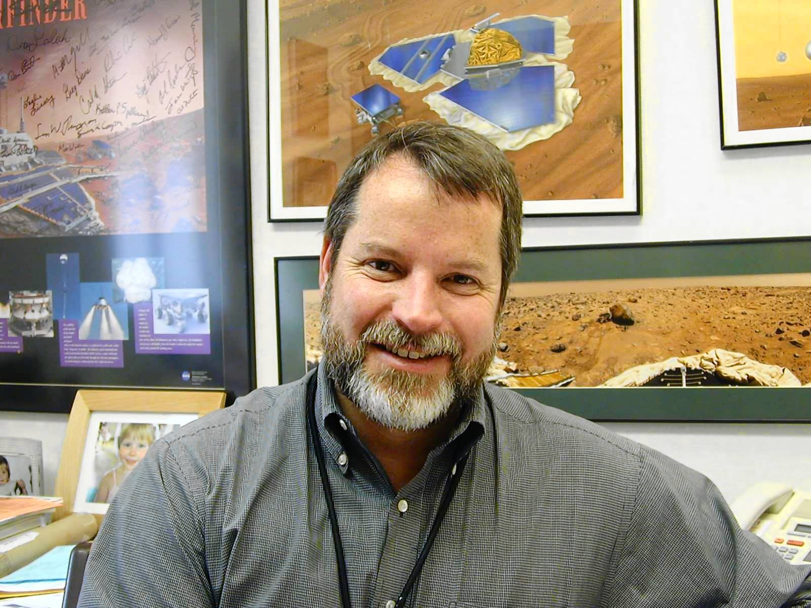 Being a gremlin allows me to soul-search and look at all the things that I missed, said Rob Manning, chief engineer of the Mars rover mission at JPL. His job includes finding challenges for the Curiosity team to solve.