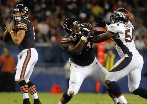 Offensive tackle J'Marcus Webb blocks Broncos linebacker Cyril Obiozor in the fourth quarter.