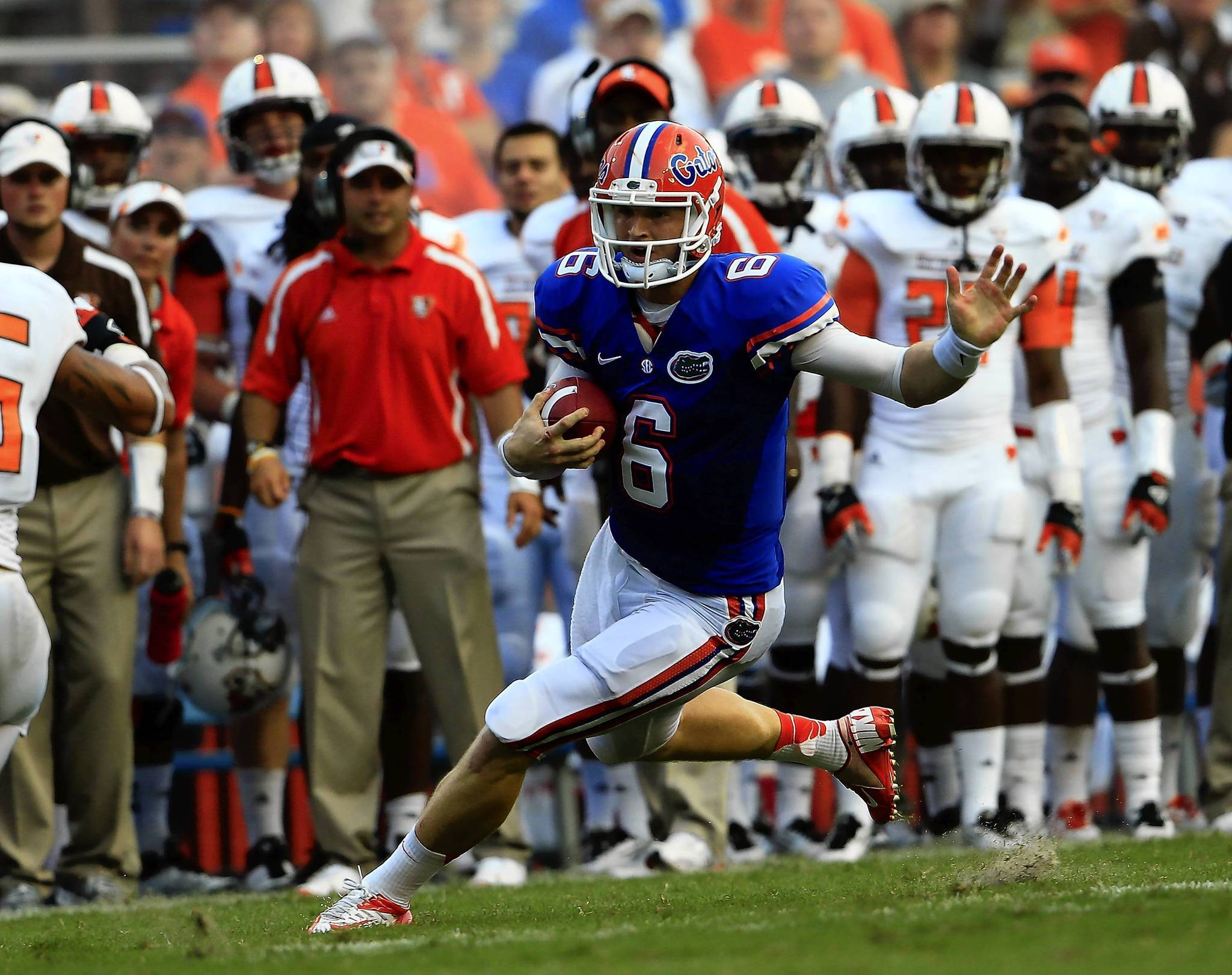 Jeff Driskel of the Florida Gators scrambles for yardage against the Bowling Green Falcons at Ben Hill Griffin Stadium on September 1, 2012, in Gainesville, Florida.