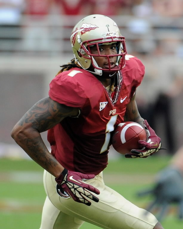 FSU wide receiver Kelvin Benjamin runs the ball during the first half of their game against the Savannah State Tigers at Doak Campbell Stadium in Tallahassee, Florida, September 8, 2012.