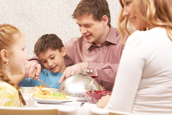 Studies have shown that children who sit down to dinner with their parents regularly tend to do better in school, be better-adjusted and have fewer problems.