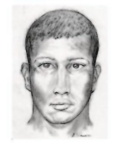 Kissimmee police are looking for a suspect who exposed himself and groped a teen girl in public.