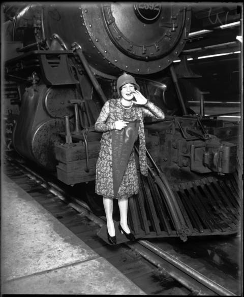 Margie Levington, 1049 North Shore Ave., Chicago, at Union Depot, August 16, 1928.