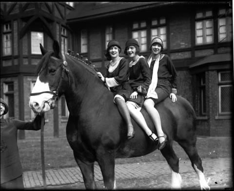 Marianna Meade, left, standing and Helen Wilson, Marjorie Phillips and Dorothy Rachavell, November 25, 1925.