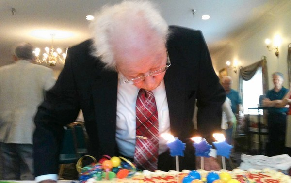 John Annas celebrates his 108th birthday at Lake Port Square in Leesburg.