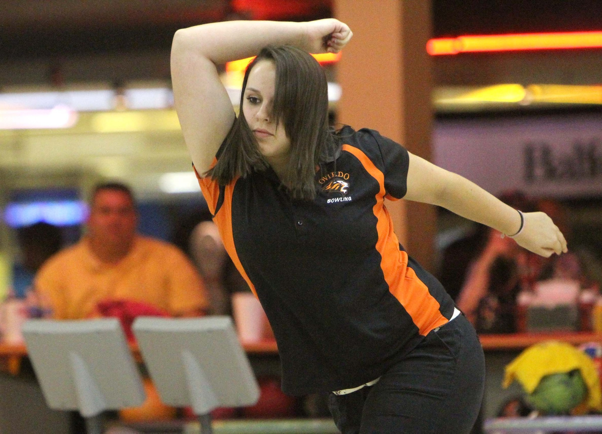 Ember Miksa rolled a 569 series for Oviedo.