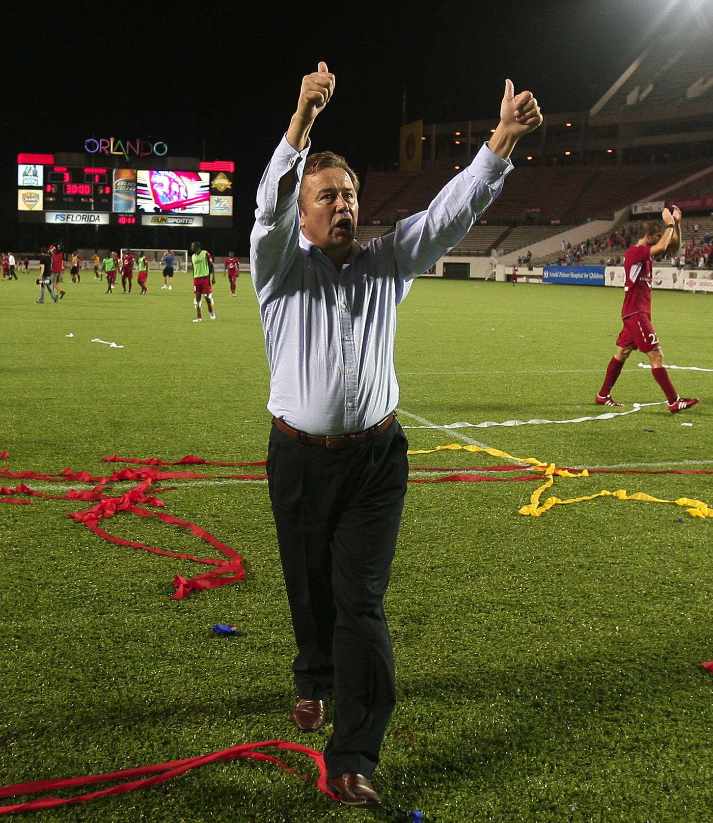 Orlando City signed coach Adrian Heath to a 3-year extension Tuesday.