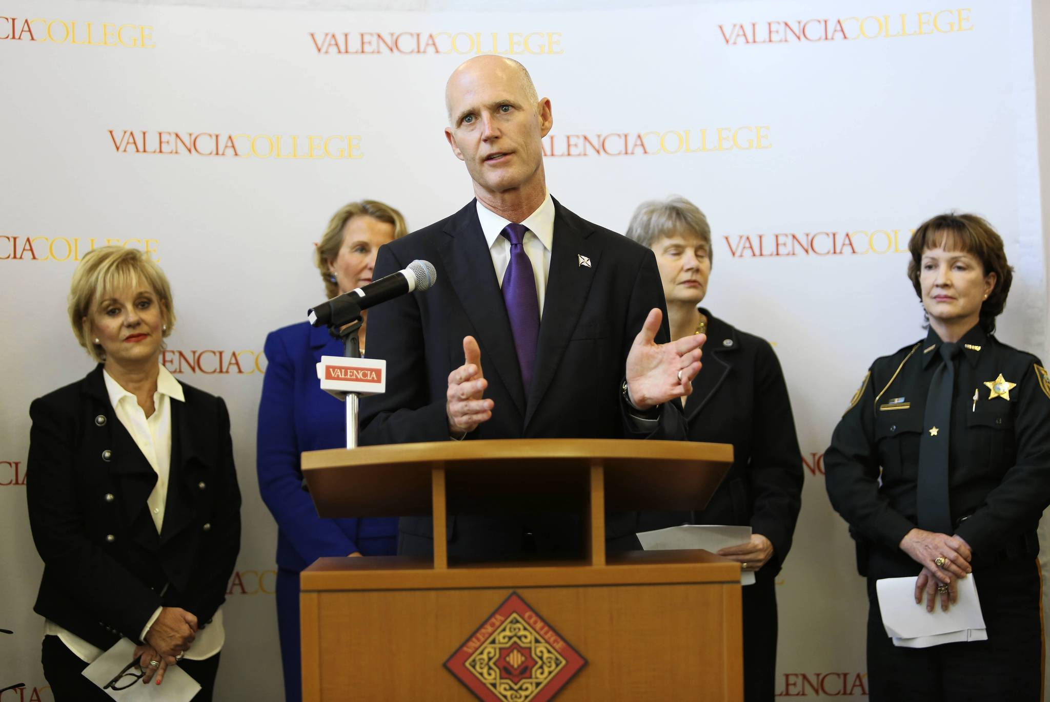 Florida Governor Rick Scott speaks Nov. 26 at Valencia Community College, announcing that seven colleges have accepted his $10,000 Degree Challenge.