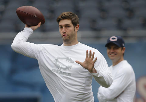 Chicago Bears quarterback Jay Cutler (6) warms up before facing the Seattle Seahawks on Sunday at Soldier Field.