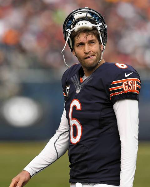 Jay Cutler walks off the field after wide receiver Earl Bennett dropped a potential touchdown catch in the second quarter.