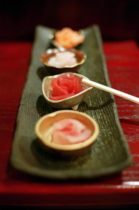 Mirai Sushi, 2020 W. Division St.