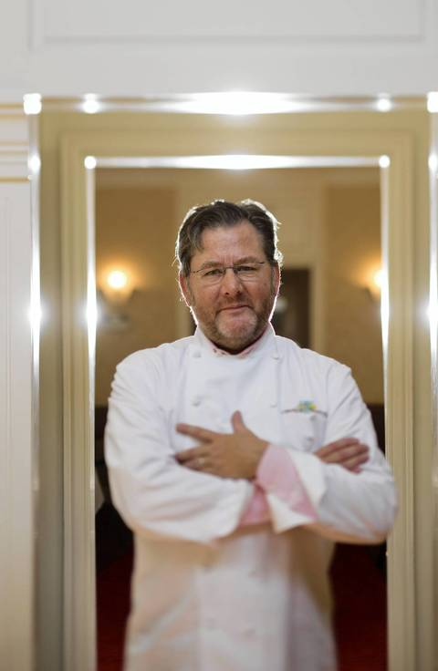 Chef Charlie Trotter closed his restaurant Charlie Trotter's in August after the acclaimed establishment celebrated its 25th anniversary. For many years if one chef from Chicago was known throughout the world, it was Charlie Trotter. Go here to watch our video.