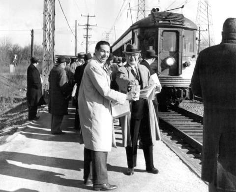 On April 8, 1960, Harvey Rose, of Glenview, took donations as the 8:07 train pulled into the Glenayre station of the North Shore Skokie Valley Route. Commuters pitched in with donations to help the North Shore line when it began to lose passengers to the new expressways and competing railroads. The electric railroad finally shut down in 1963.