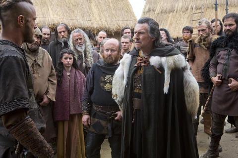 Earl Haraldson (Gabriel Byrne, center) and Ragnar Lothbrook (Travis Fimmel)
