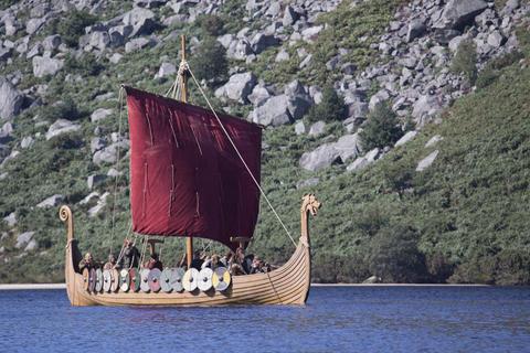 Ragnar's (Travis Fimmel) boat was built by Floki (Gustaf Skarsgard).