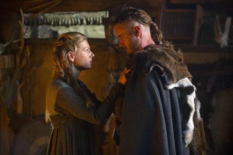 Lagertha (Katheryn Winnick) with her husband Ragnar (Travis Fimmel).