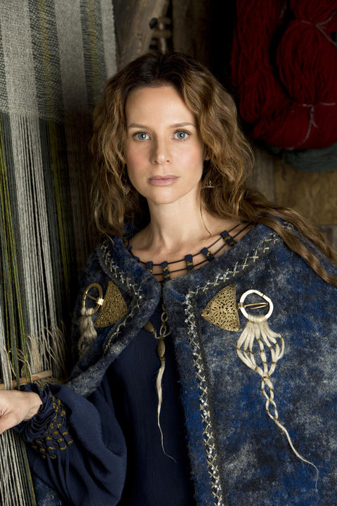 Siggy (Jessalyn Gilsig), according to History, is Earl Haraldson's beautiful, enigmatic wife. She performs her duties impeccably and with style, but she may not be completely loyal to her husband.
