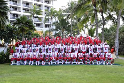 Players from the AFC line up for their team photo at the JW Marriott Ihilani Resort.