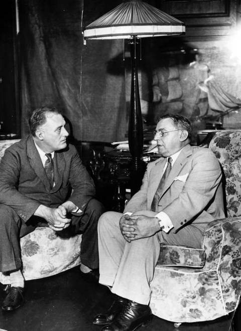 President-elect Franklin D. Roosevelt, left, and Mayor Anton J. Cermak of Chicago as they conferred in 1933.