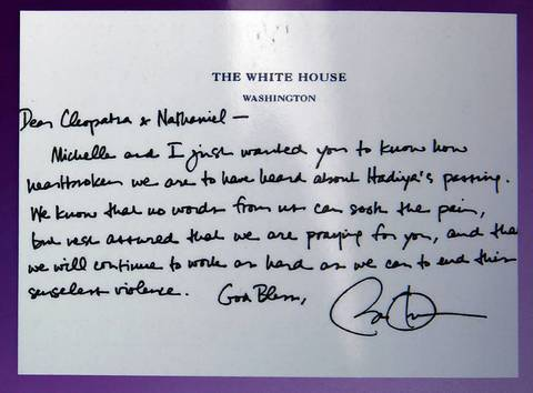 A note written by President Barack Obama to the parents of Hadiya Pendleton was reprinted on the funeral program.