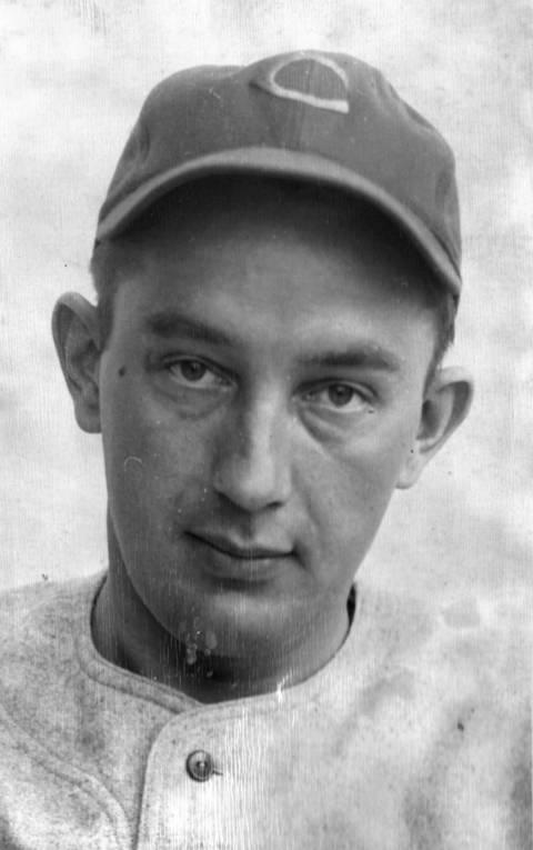 Cubs first baseman Eddie Waitkus in 1947 during Spring training on Catalina Island, Calif.