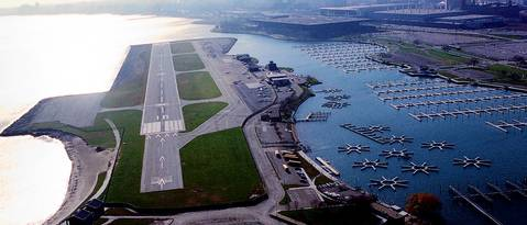 An aerial of Meigs Field five years before the runway would be dug up by city workers and turned into a park.