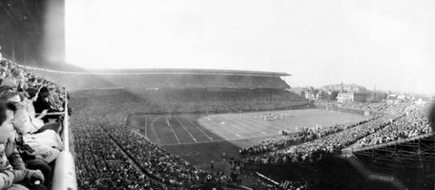 The Bears take on the Los Angeles Rams in front of 50,187 at Wrigley Field on Nov. 13, 1955.