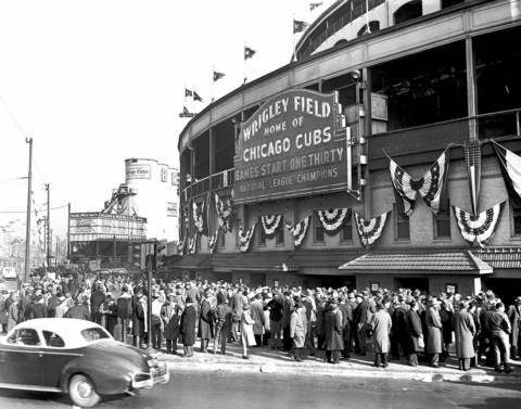 A crowd gathered outside the Wrigley box office to purchase tickets for Game 7.