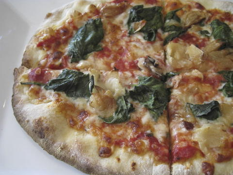 Spinach-artichoke pizza at Pizza Fusion (now closed).