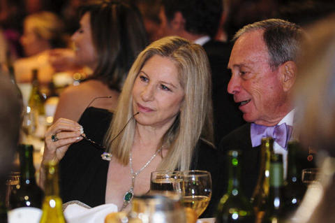 New York Mayor Michael Bloomberg talks with actress Barbra Streisand during the White House Correspondents' Association Dinner on April 27, 2013 in Washington, DC. The dinner is an annual event attended by journalists, politicians and celebrities. (Photo by Pete Marovich-Pool/Getty Images)