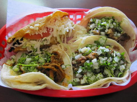 Cabeza, carne asada and al pastor tacos at Jalisco Tacos #7, 311 N. 2nd St. in St. Charles. Read the full review at Chicago Tribune.
