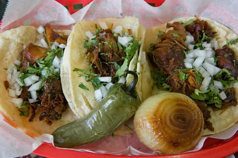 Carnitas tacos at La Huerta Supermarket, 580 S. Randall Rd. in St. Charles. Read the full review at Chicago Tribune.