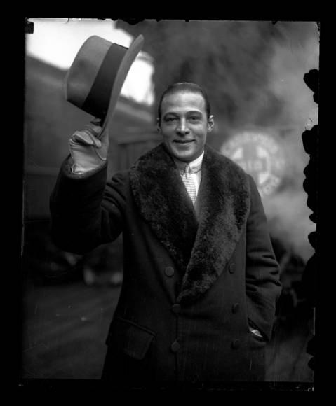 Rudolph Valentino in Chicago, February 9, 1926.